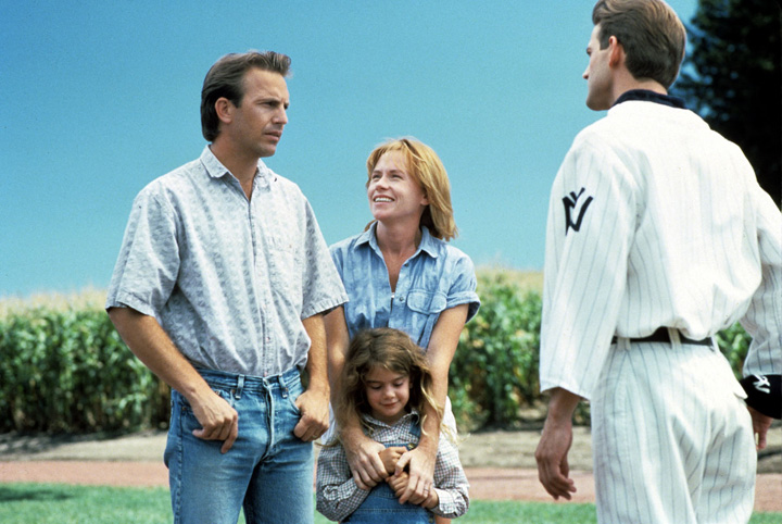 Kevin Costner, Amy Madigan, Gaby Hoffmann and Dwier Brown